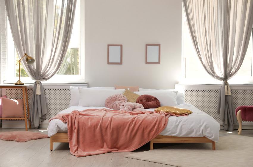 Zasłony do sypialni - czym kierować się przy wyborze?